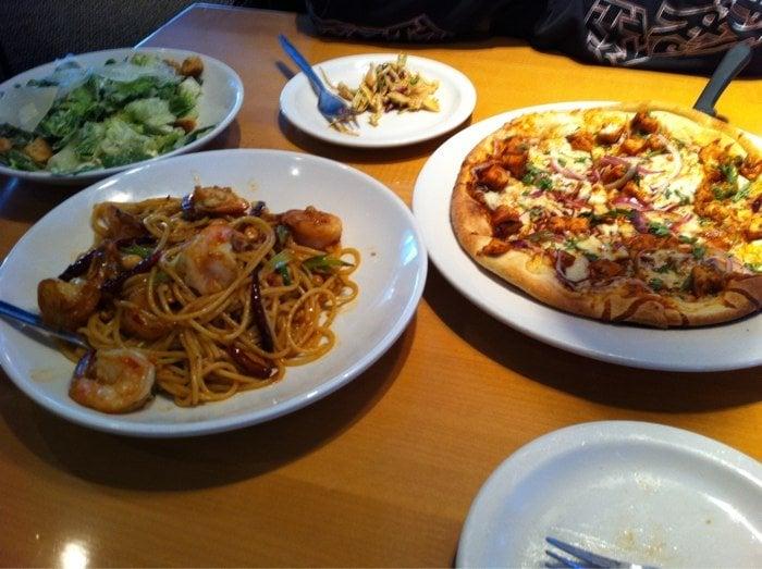 California Pizza Kitchen At Encino Encino Ca