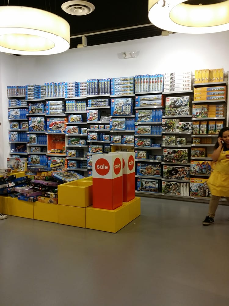 The Container Store has a wide range of toy storage that goes well beyond toy boxes. Legos, cars, plush animals and board games all need to go somewhere when your kids are done with them, and with our storage solutions and creative toy storage ideas, we can find that place for you.