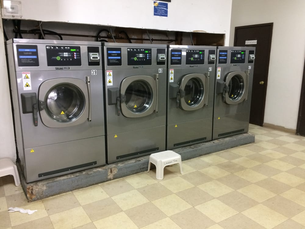 Laundry Time: 242 Wooster Rd N, Barberton, OH
