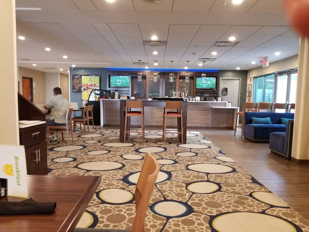 Holiday Inn El Paso Airport: 6351 Gateway Blvd W, El Paso, TX