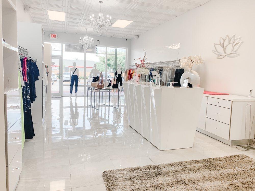 Karma Boutique By The Guzman Sisters: 18505 NW 75th Pl, Hialeah, FL