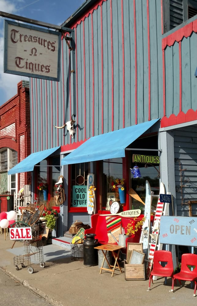 Treasures N Tiques: 34016 State Hwy 371, Pequot Lakes, MN