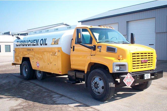Truckstar Collision Center: 38 W Nelson St, Deerfield, WI