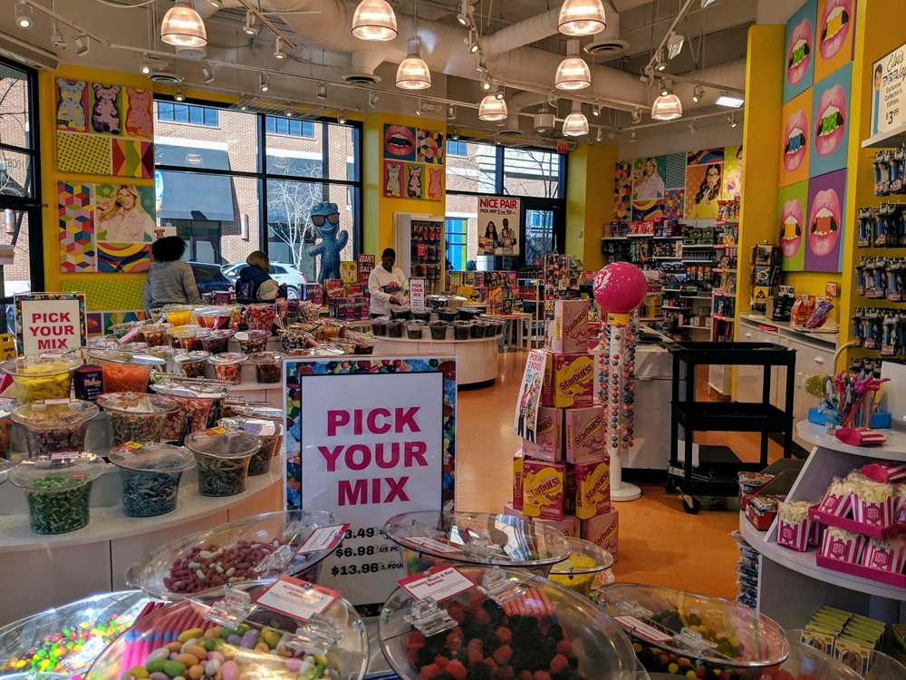 e85778805d079 IT'SUGAR - 64 Photos & 26 Reviews - Candy Stores - 264 19th St NW, Atlantic  Station, Atlanta, GA - Phone Number - Yelp
