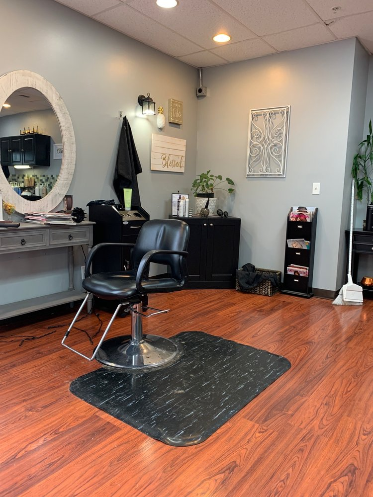 Essence Salon and Spa: 4819 Alderson Rd, Birch Bay, WA