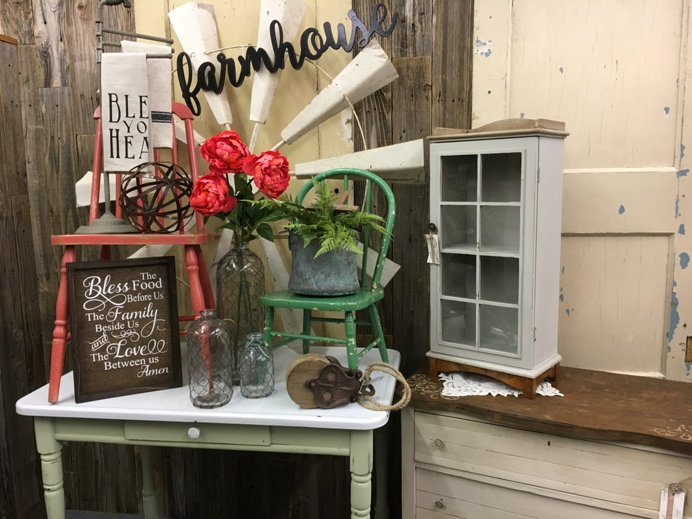 Craft Gallery Home Decor and Gift Store: 7524 Bosque Blvd, Waco, TX