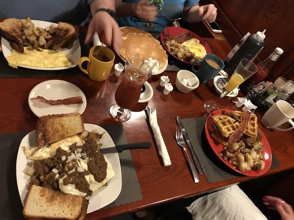 McArdle's Restaurant: 1355 Fairport Rd, Fairport, NY