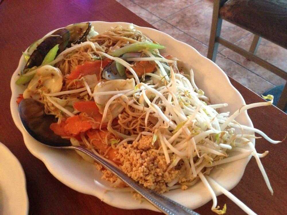 Cholada thai cuisine cerrado 23 fotos y 52 rese as for Ar roi thai cuisine