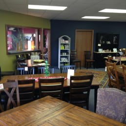 Good Photo Of Finders Furniture   Yakima, WA, United States. Large Selection Of  Tables