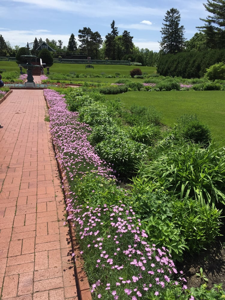 Munsinger Gardens 17 Photos Botanical Gardens 1515 Riverside Dr Se St Cloud Mn Phone