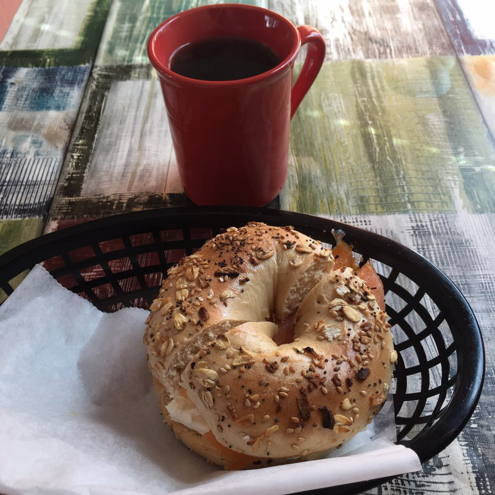 Love A Bagel: 704 Main St, Bennington, VT