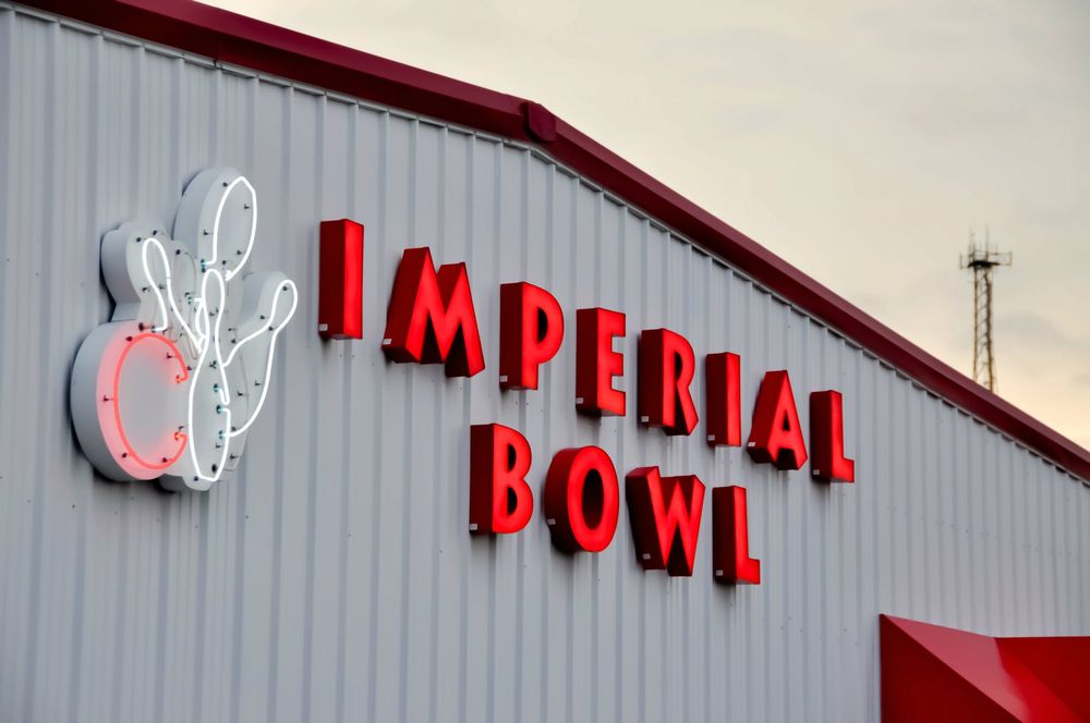 Imperial Bowl: 6045 W Outer Rd, Imperial, MO