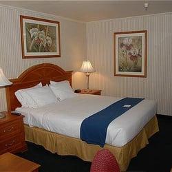 Holiday Inn Express Anaheim Maingate - CLOSED - 34 Reviews