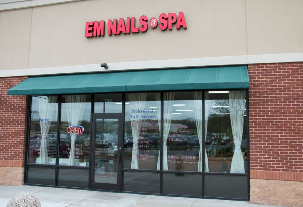 Em Nails and Spa - CLOSED - 12 Photos & 11 Reviews - Nail Salons ...