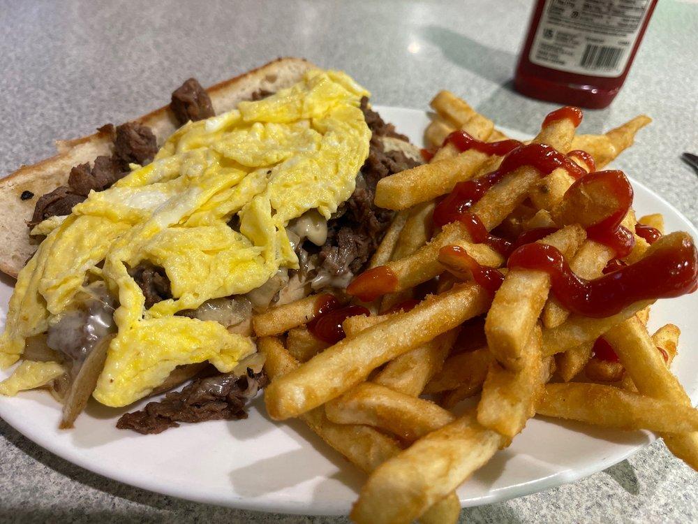 Sadler Milestone Diner: 427 Jonesboro Rd, Dunn, NC