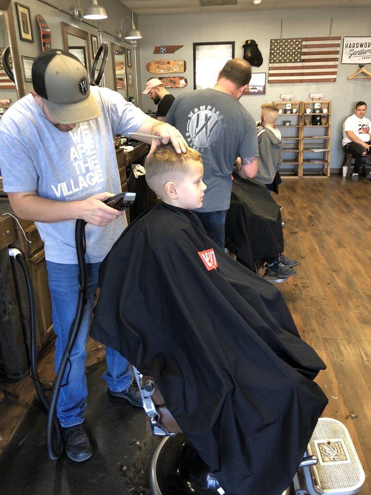 Wampler's Barber Co: 4128 Fort Henry Dr, Kingsport, TN