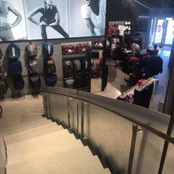 adidas performance negozio 11 foto 10 dundas st e abbigliamento sportivo