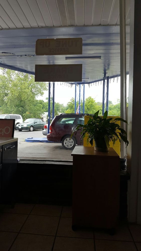 5 Star Automotive: 450 N Truman Blvd, Crystal City, MO