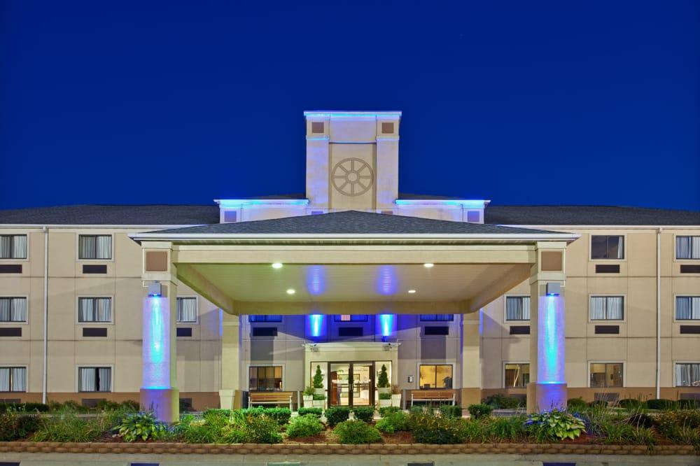 Holiday Inn Express & Suites La Porte: 101 Eastshore Ct, La Porte, IN