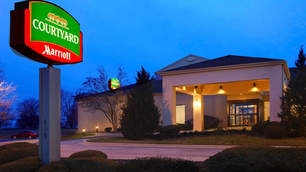 Courtyard by Marriott Bettendorf Quad Cities: 895 Golden Valley Drive, Bettendorf, IA