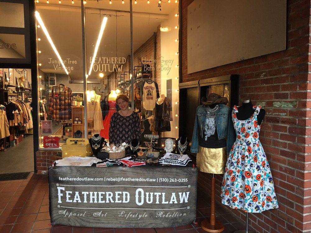 Feathered Outlaw: 1506 Webster St, Alameda, CA