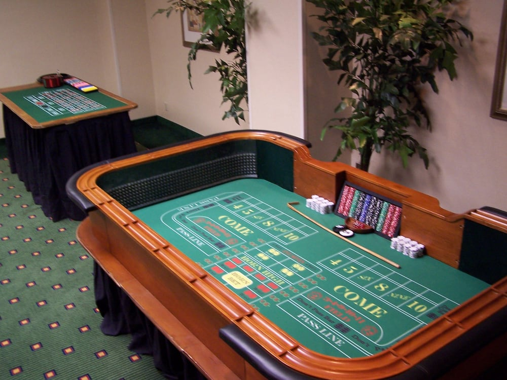 casino equipment rental