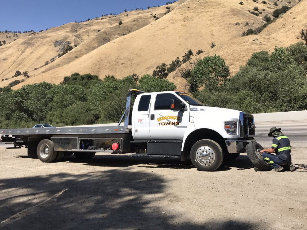 Edmond's Towing & Auto Repair: 349 Frazier Mtn Park Rd, Lebec, CA