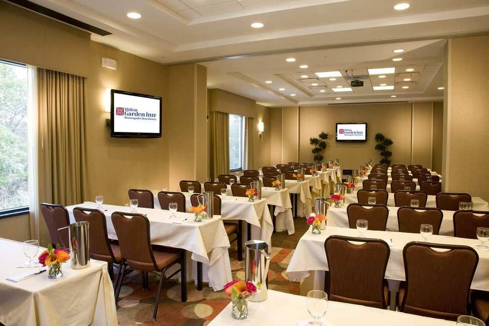 Restaurants With Conference Rooms Near Me
