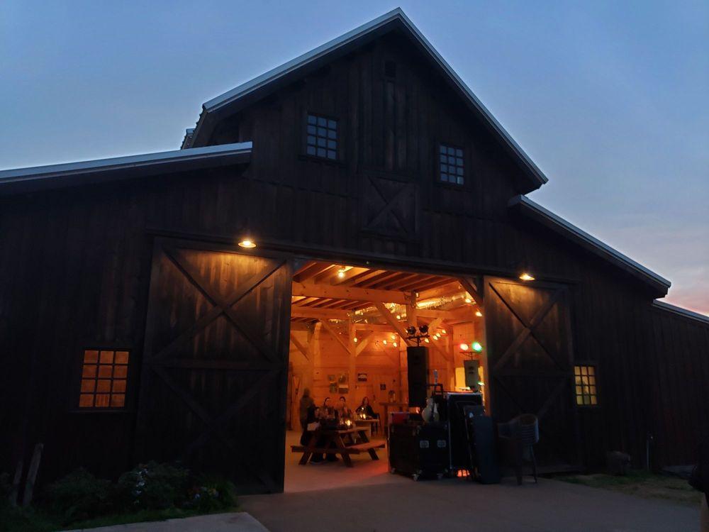 BarnHill Vineyards: 11917 Cr 509, Anna, TX