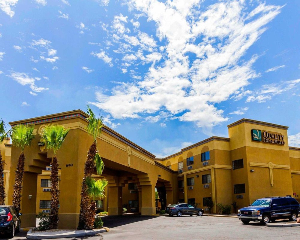Quality Inn & Suites Surprise Near Sun City West