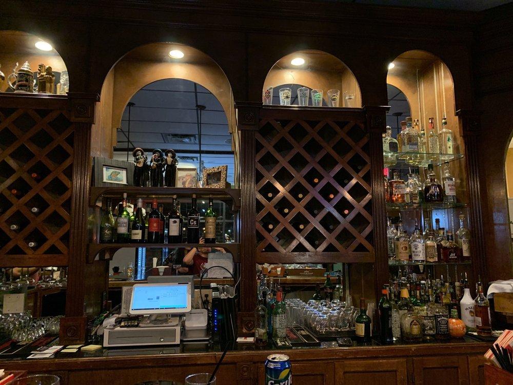Mountain Boomer Tavern: 1320 Nw Homestead Dr, Lawton, OK
