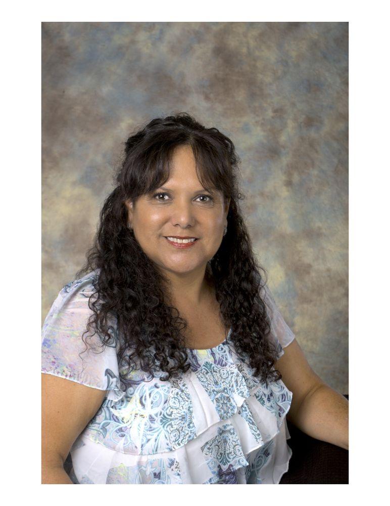 Lynda Baker - Century 21: 2009 W Feemster, Visalia, CA