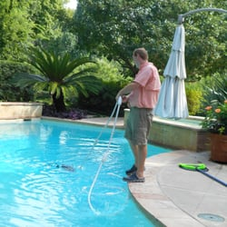 Manning pool service 10 fotos limpieza de albercas for Garden oaks pool houston