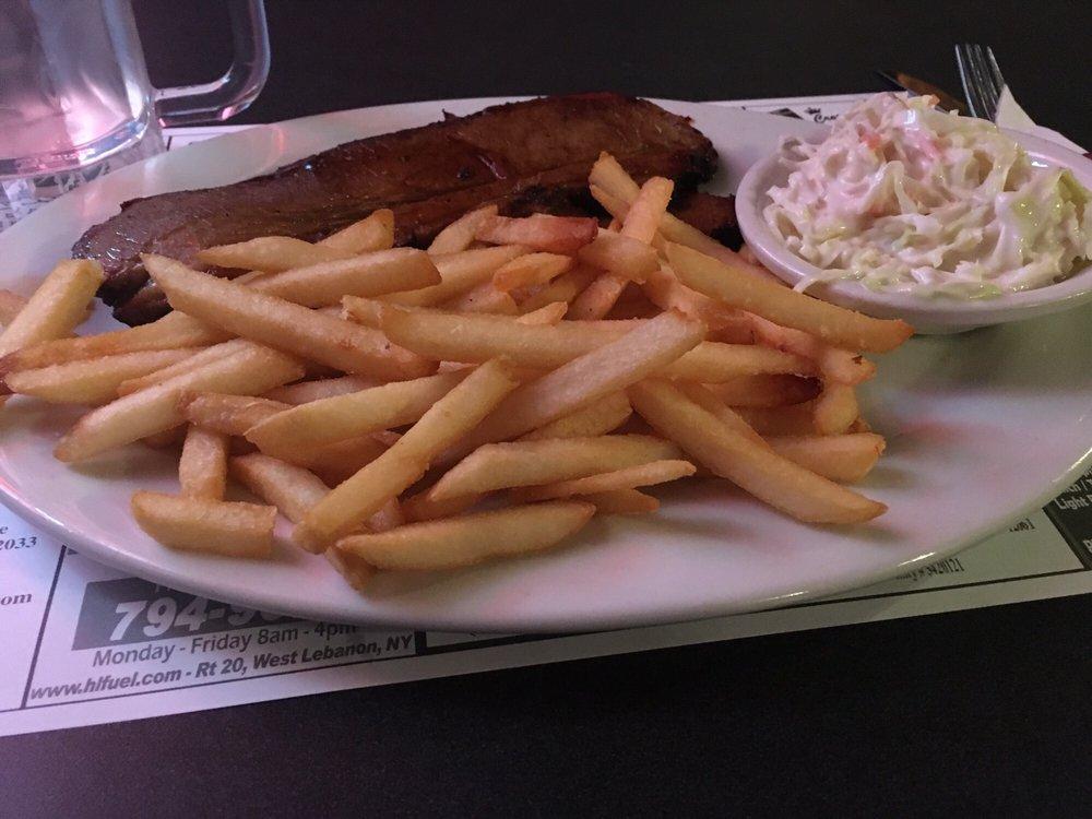 Greenbush Inn Bar and Grill: 10 Troy Rd, East Greenbush, NY