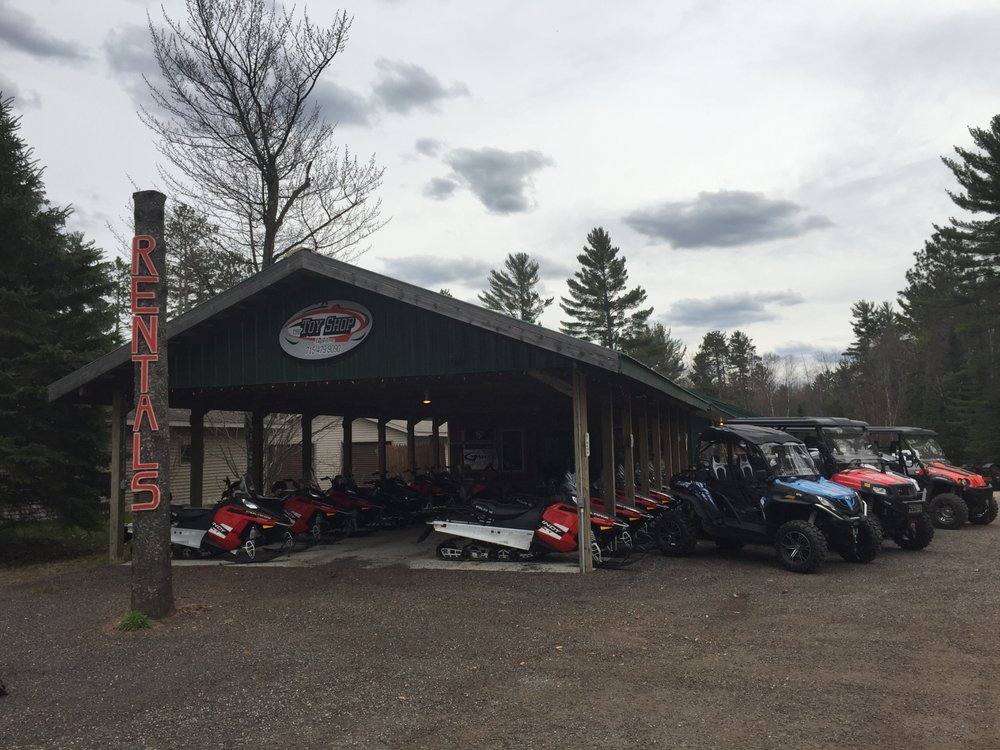 The Toy Shop of Eagle River: 5045 Wisconsin 70, Eagle River, WI