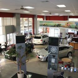 Girard Toyota  Car Dealers  543 Colman St New London CT