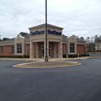 Suntrust - Banks & Credit Unions - 103 City Cir, Peachtree