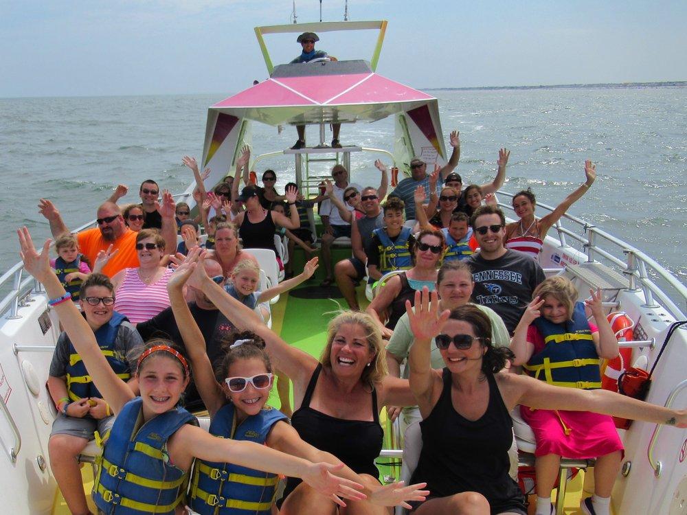 Screamer Speedboat & Dolphin Watch