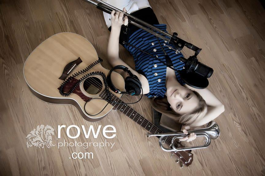 Rowe Photography: 907 Main St, Grafton, OH