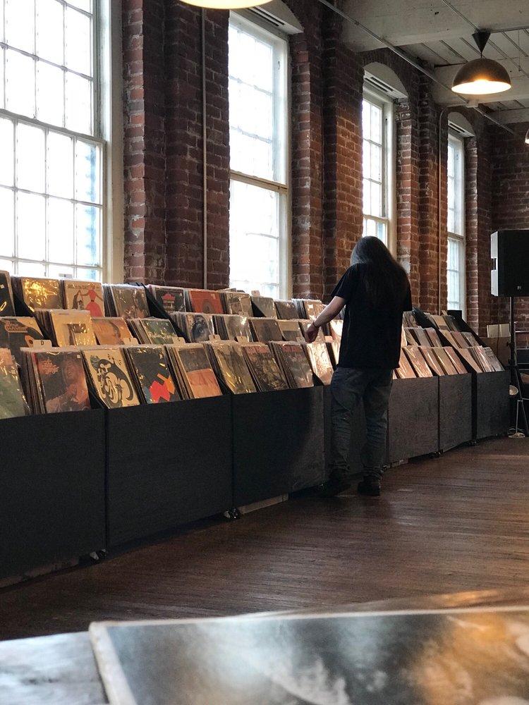 Speakertree Records: 901 Jefferson St, Lynchburg, VA