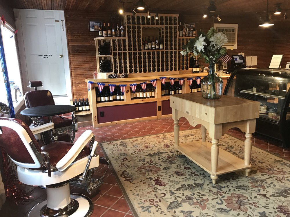 Social Spots from Honora Winery Retail and Tasting