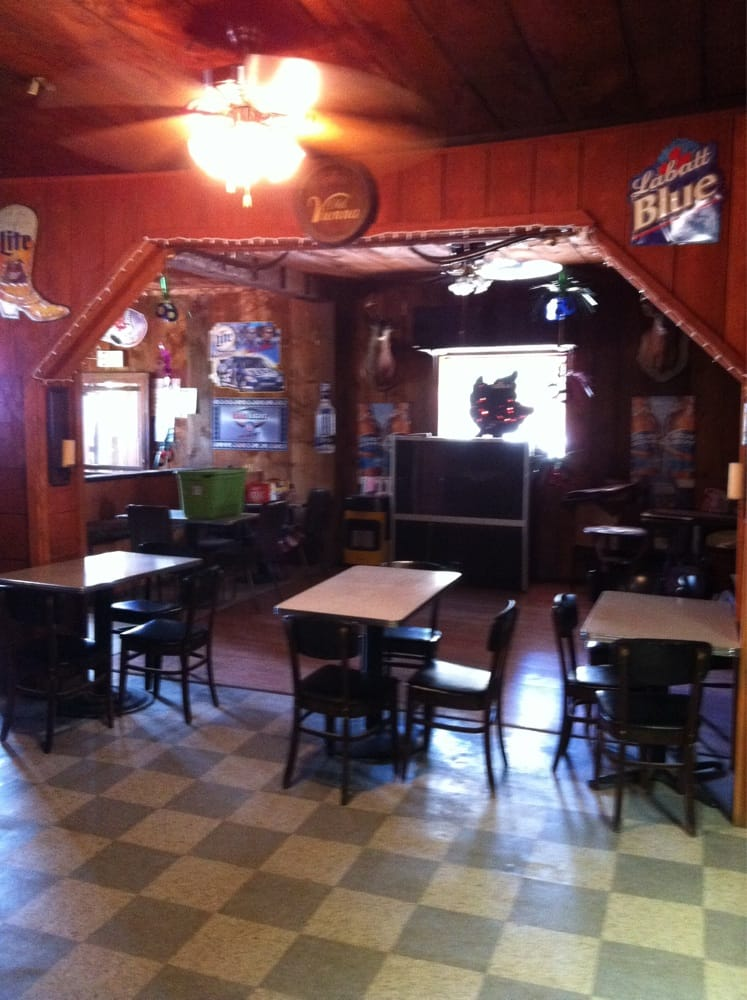 Lisle Inn: 9014 Main, Lisle, NY