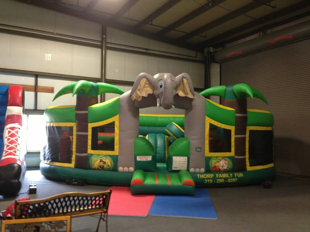 Thorp Family Fun: 4601-4749 Texas St, Waterloo, IA