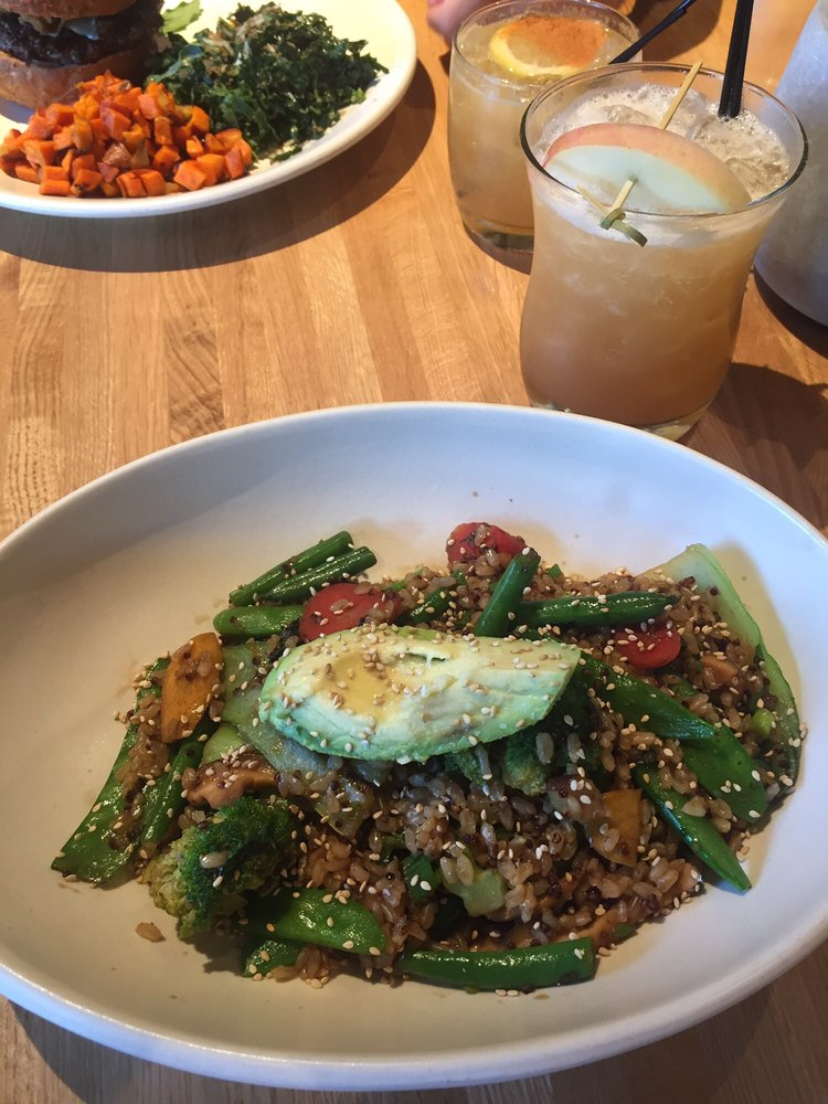 True Food Kitchen Bowls teriyaki quinoa bowl & apple ginger mule! - yelp