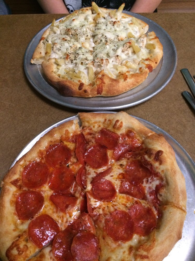 Pizza Perfect Pizza: 5545 Hwy 9, Inman, SC