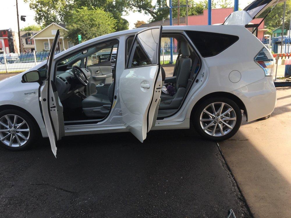 Vasquez Hand Car Wash