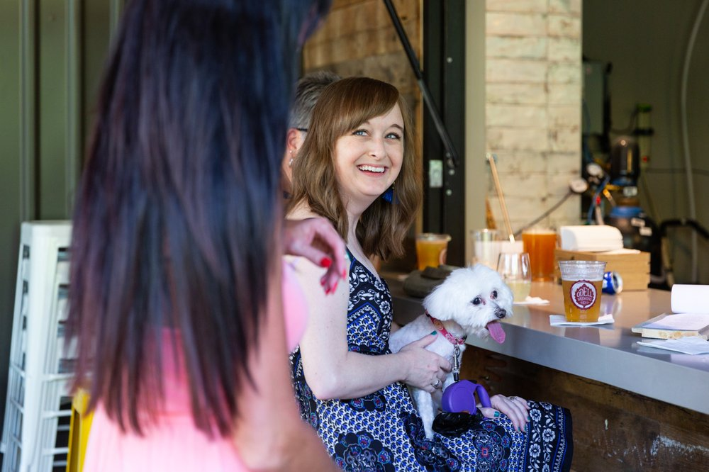 GRRROWLER'S Tap Room & Beer Garden: 5800 Windhaven Pkwy, The Colony, TX