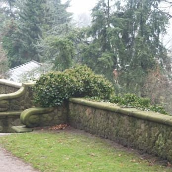 Römischer Garten 27 Photos 12 Reviews Parks Falkensteiner