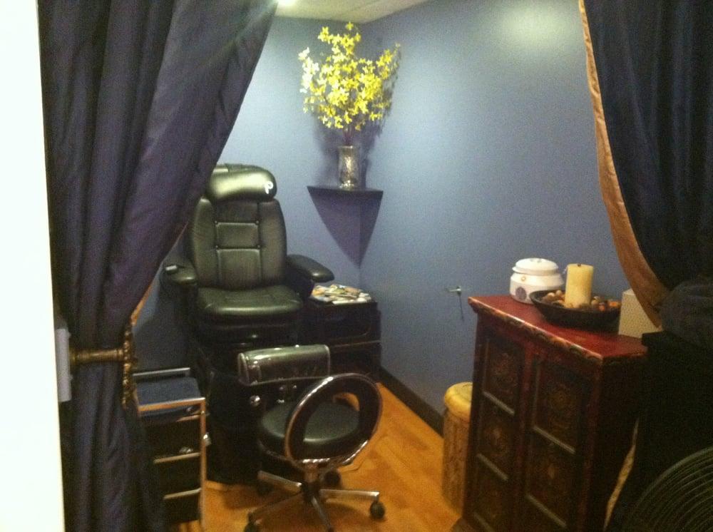 Gravity Hair Salon And Spa: 100 N Main St, Chagrin Falls, OH