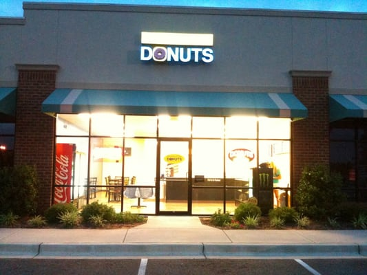 Fountain City Donuts - CLOSED - 1526 S Memorial Dr